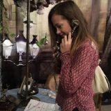 eu vorbind la telefon